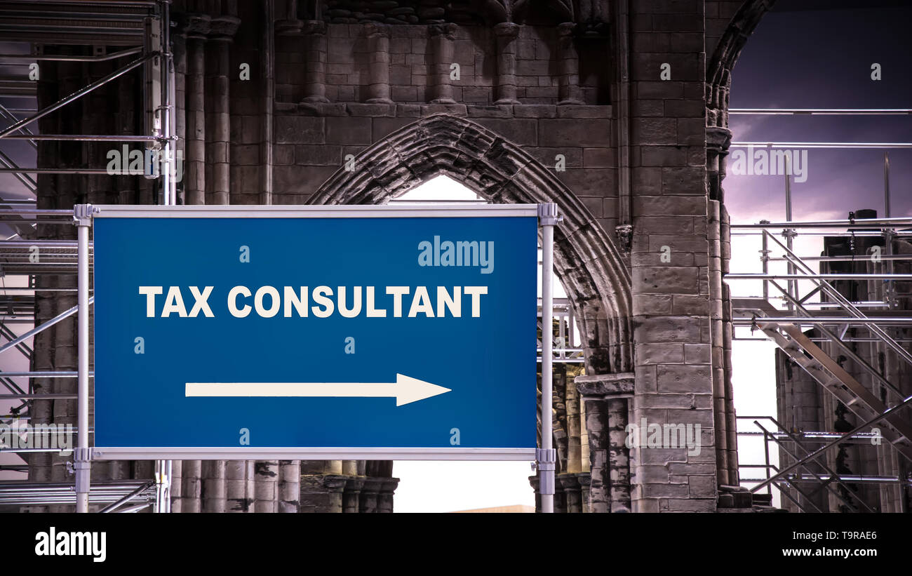 Street Sign the Direction Way to TAX CONSULTANT Stock Photo