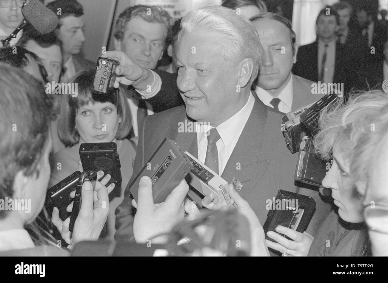 Moscow, Russia - March 28, 1991: Chairman of the Presidium of the Supreme Soviet of RSFSR Boris Nikolayevich Yeltsin talks to correspondents at 3d extraordinary Congress of people's deputies of RSFSR. - Stock Image