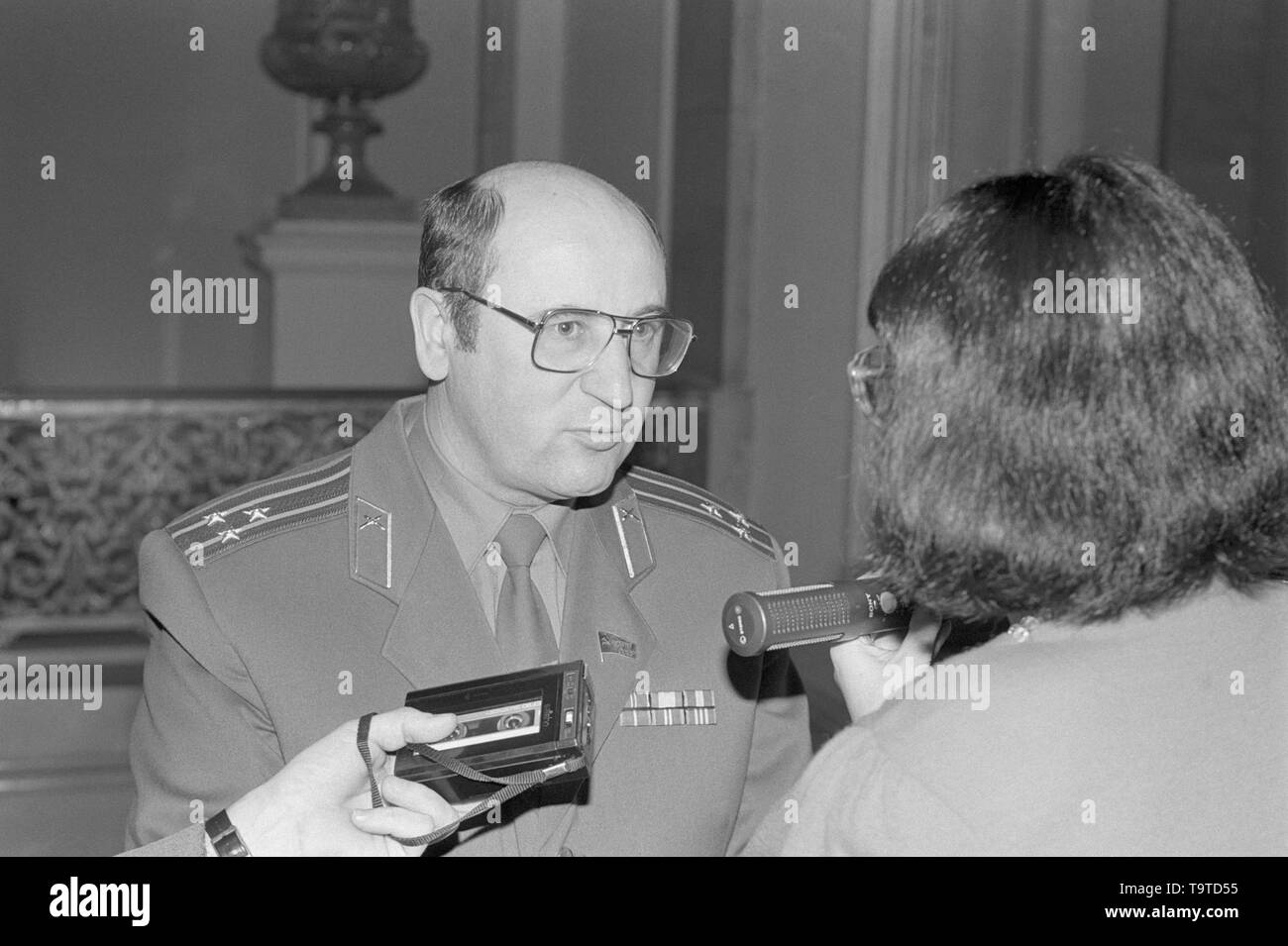 Moscow, Russia - March 28, 1991: People's deputy colonel Nikolai Semyonovich Petrushenko talks to correspondent at 3d extraordinary Congress of people's deputies of russian RSFSR. - Stock Image