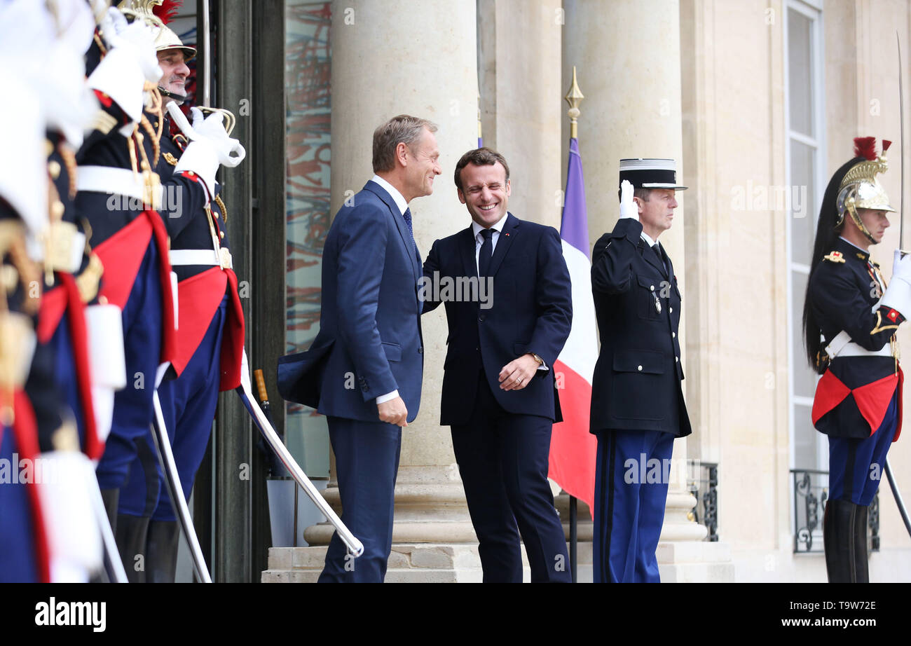 Paris, France. 20th May, 2019. French President Emmanuel Macron (3rd R) meets with visiting European Council President Donald Tusk at the Elysee Palace in Paris, France, May 20, 2019. Credit: Gao Jing/Xinhua/Alamy Live News - Stock Image