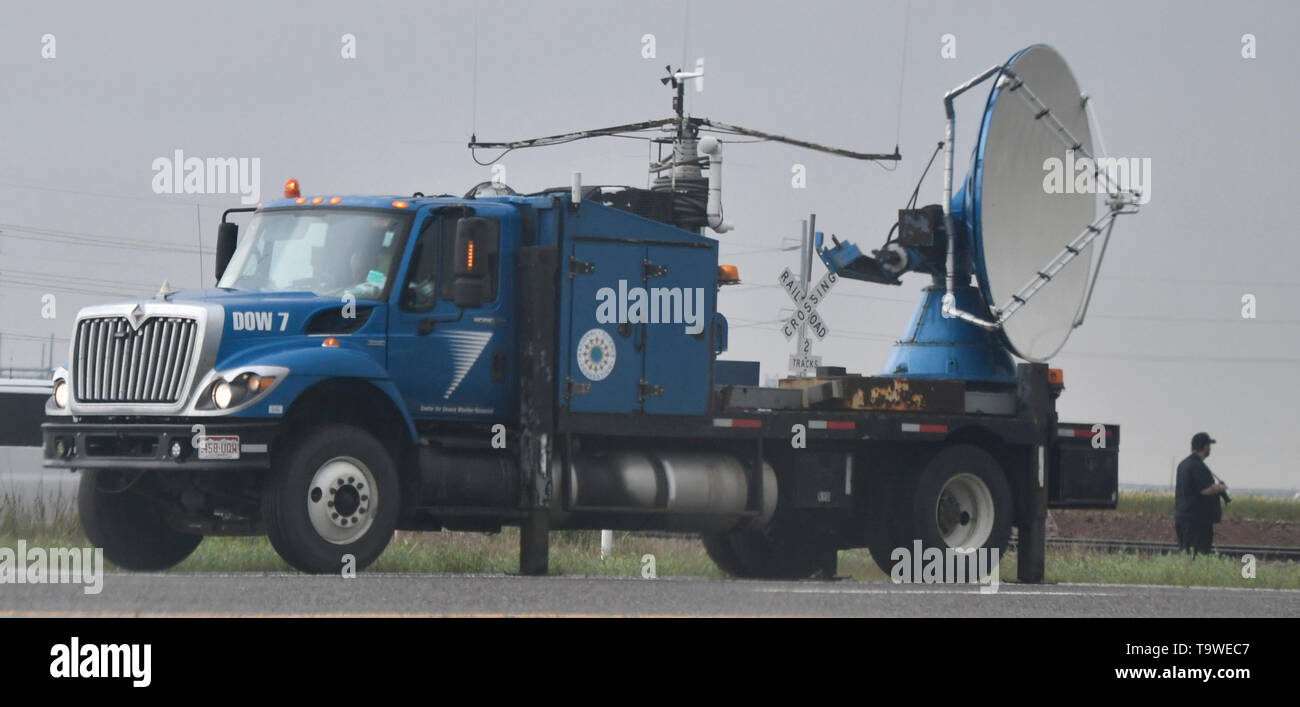 A DOW( Doppler on Wheels) weather radar truck tracks the tornado warn storms as flooding rain and severe storms, including tornadoes, are predicted in the Southern Plains through late Monday May 20, 2019. Tornado watches in effect in the Texas Panhandle and Oklahoma expire before midnight. Then, flooding is expected to become the major concern overnight from Oklahoma City to Tulsa and to the northeast. The tornado outbreak has not been as severe as feared as twisters have mostly avoided population centers. Photo by Gene Blevins/ZumaPress Credit: Gene Blevins/ZUMA Wire/Alamy Live News - Stock Image