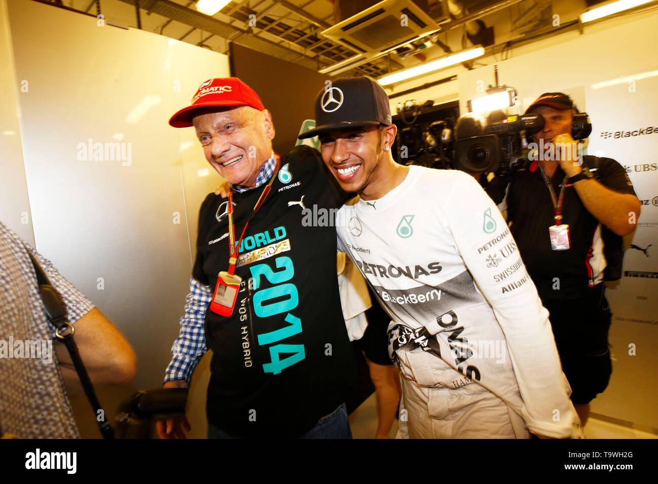 Motorsports: FIA Formula One World Championship 2014, Grand Prix of Abu Dhabi, Niki Lauda (AUT, Mercedes AMG Petronas F1 Team), # 44 Lewis Hamilton (GBR, Mercedes AMG Petronas F1 Team),   usage worldwide - Stock Image