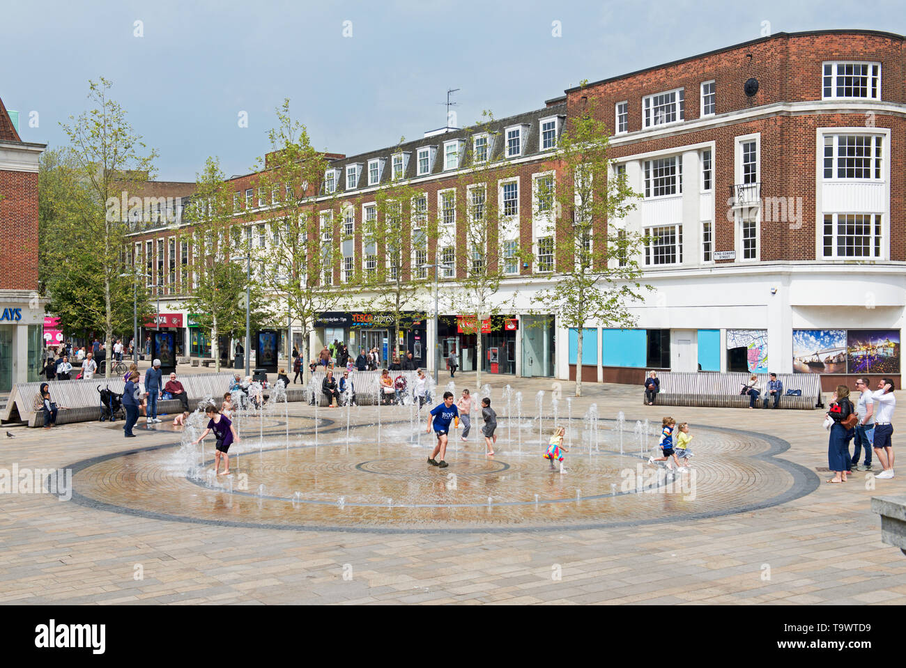 Water Fountain in the centre of Kingston upon Hull, East Yorkshire, England UK - Stock Image