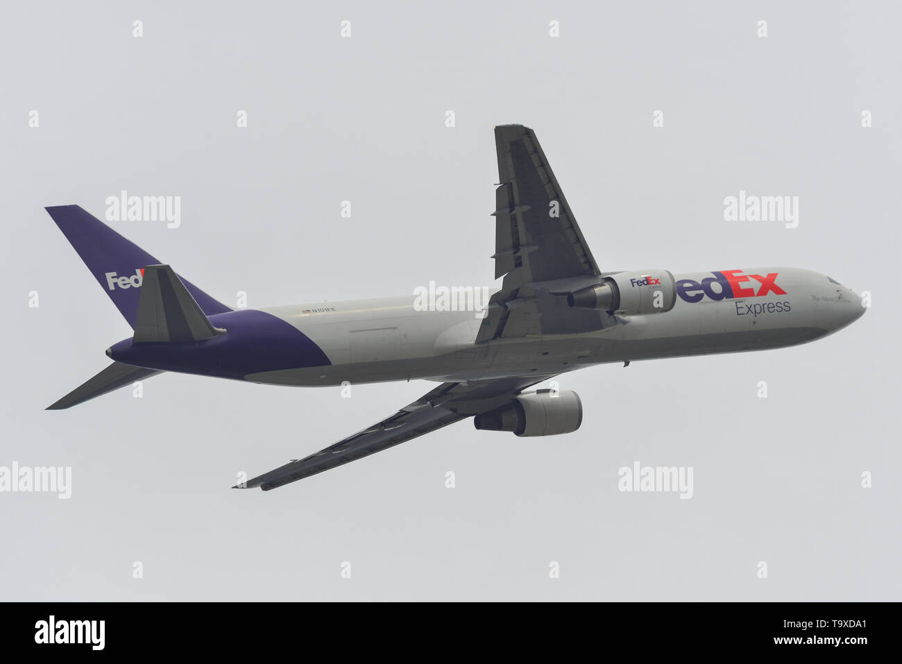 Fedex Ground Stock Photos & Fedex Ground Stock Images - Page 3 - Alamy