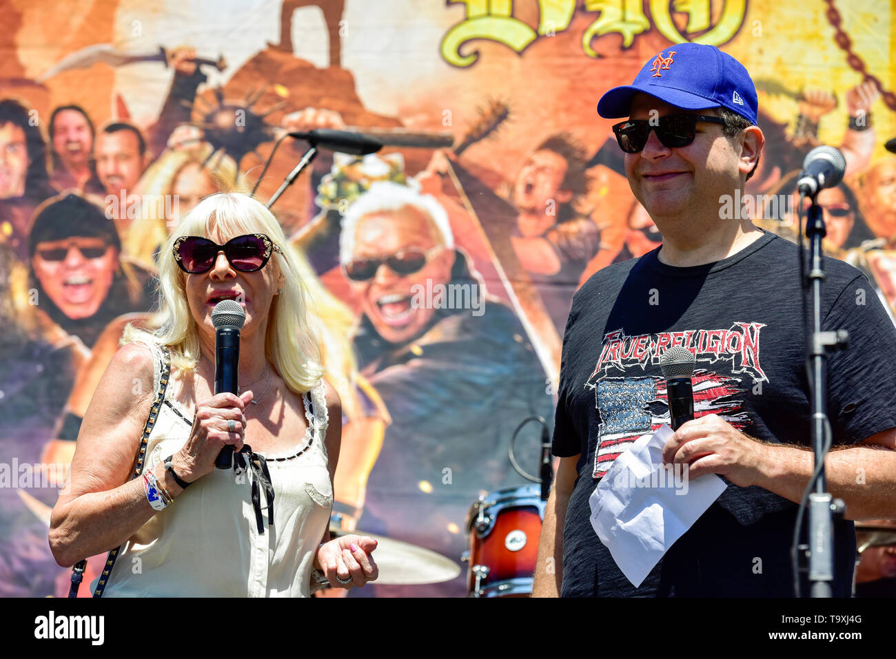 May 5, 2019, Encino, California, Wendy Dio and Eddie Trunk on stage at the 2019 Ride for Ronnie charity concert at Los Encinos State Historic Park. Stock Photo