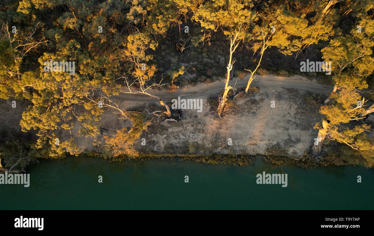 Low altitude aerial image looking down on Rivers edge, near Yelta, Victoria, Australia. - Stock Image