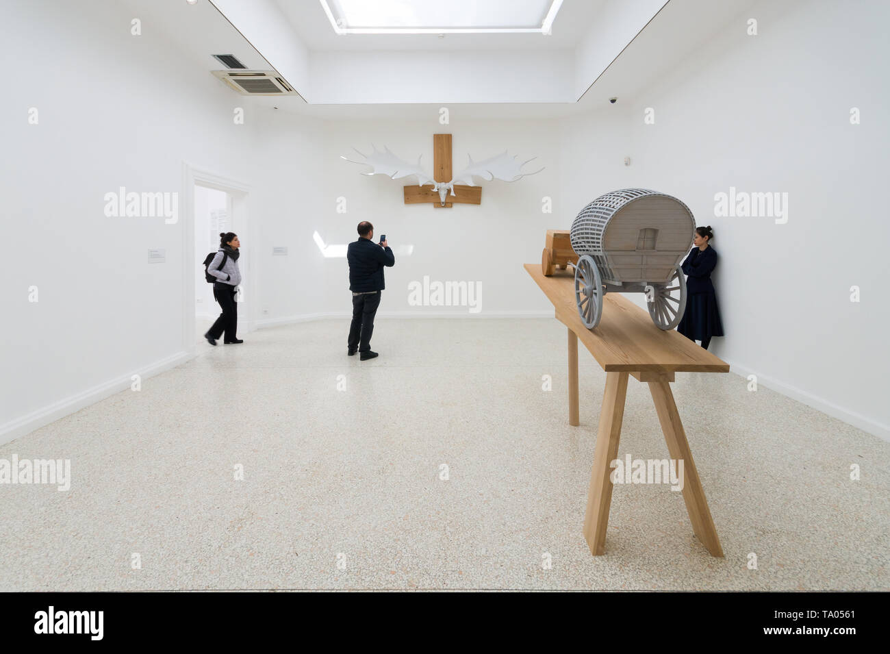 Martin Puryear, Liberty / Libertà exhibition, installation view with New Voortrekker (foreground) and Hibernian Testosterone, Venice Art Biennale 2019 - Stock Image