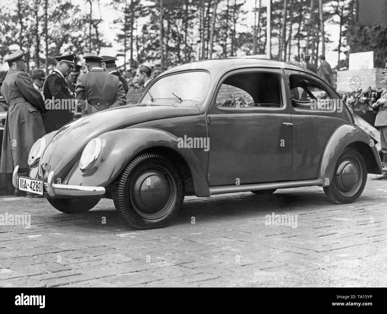 In the vicinity of Fallersleben in Lower Saxony Adolf Hitler laid the foundation stone for the Volkswagen plant on 26 May 1938. In the foreground a prototype of the VW Beetle ('KdF-Wagen') - Stock Image
