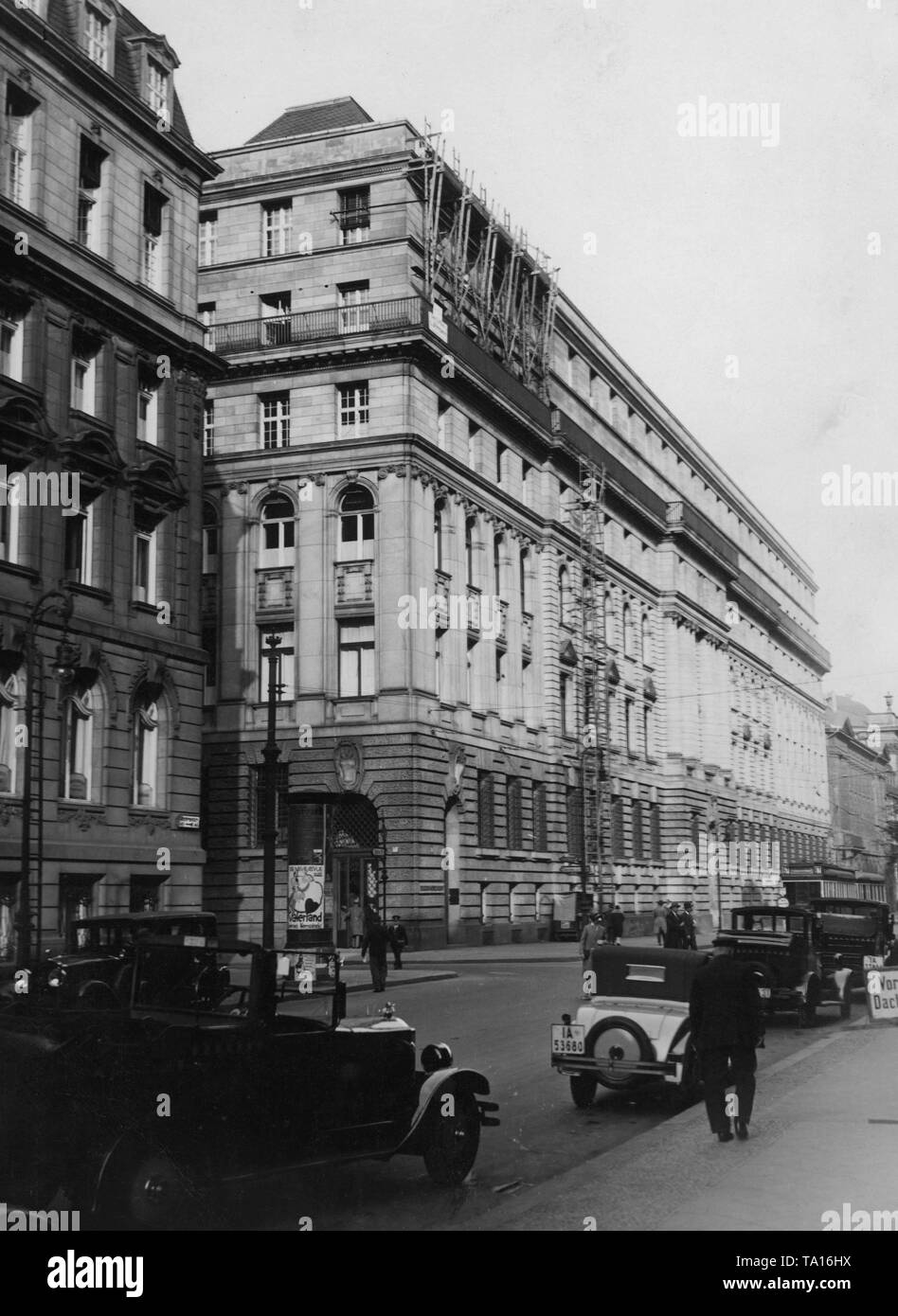 Building of the branch of the Disconto-Gesellschaft. The Americans withdrew their loans from Germany, where they were scheduled for long-term investments. As a result, Deutsche Bank merged with the Disconto-Gesellschaft into the largest bank in the German Reich. - Stock Image
