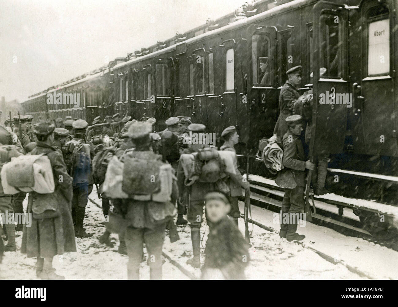 Soldiers from Adlershof are taken to the inner city of Berlin to support the government in the struggle with workers during the Berlin March fights. Here they get on the train in Adlershof. Stock Photo