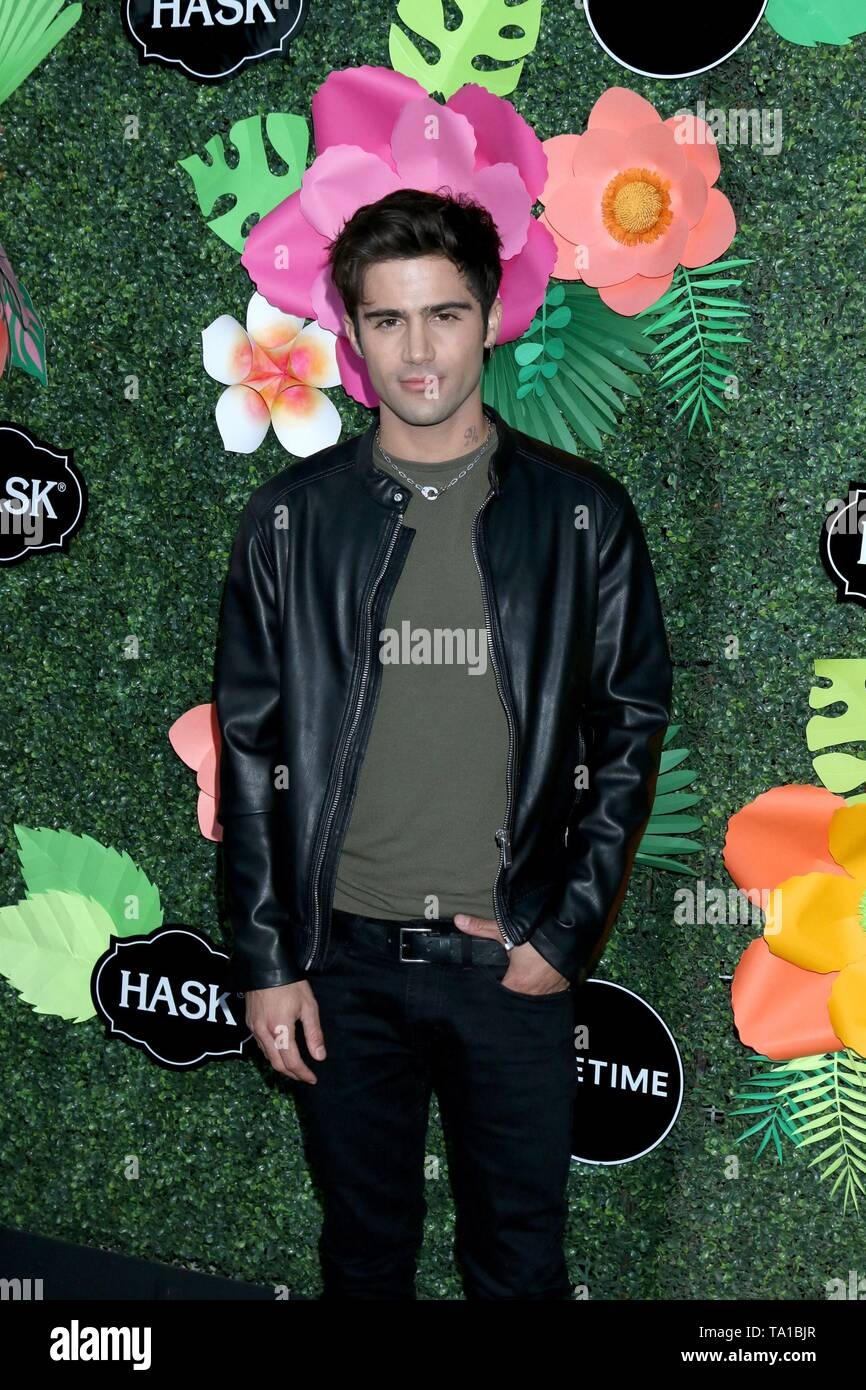 Los Angeles, CA, USA. 20th May, 2019. Taylor Gray at arrivals for Lifetime's Summer Luau, W Los Angeles Wet Deck, Los Angeles, CA May 20, 2019. Credit: Priscilla Grant/Everett Collection/Alamy Live News - Stock Image
