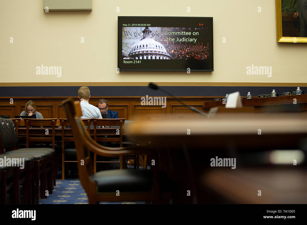 An empty chair meant for Former Counsel to the President Don McGahn sits in the House Judiciary Committee hearing room on Capitol Hill in Washington, DC on Tuesday, May 21, 2019. McGahn defied a subpoena from the House Judiciary Committee, which pushed Committee chairman, United States Representative Jerrold Nadler (Democrat of New York), to state that the committee would charge him with contempt. Credit: Stefani Reynolds/CNP | usage worldwide - Stock Image