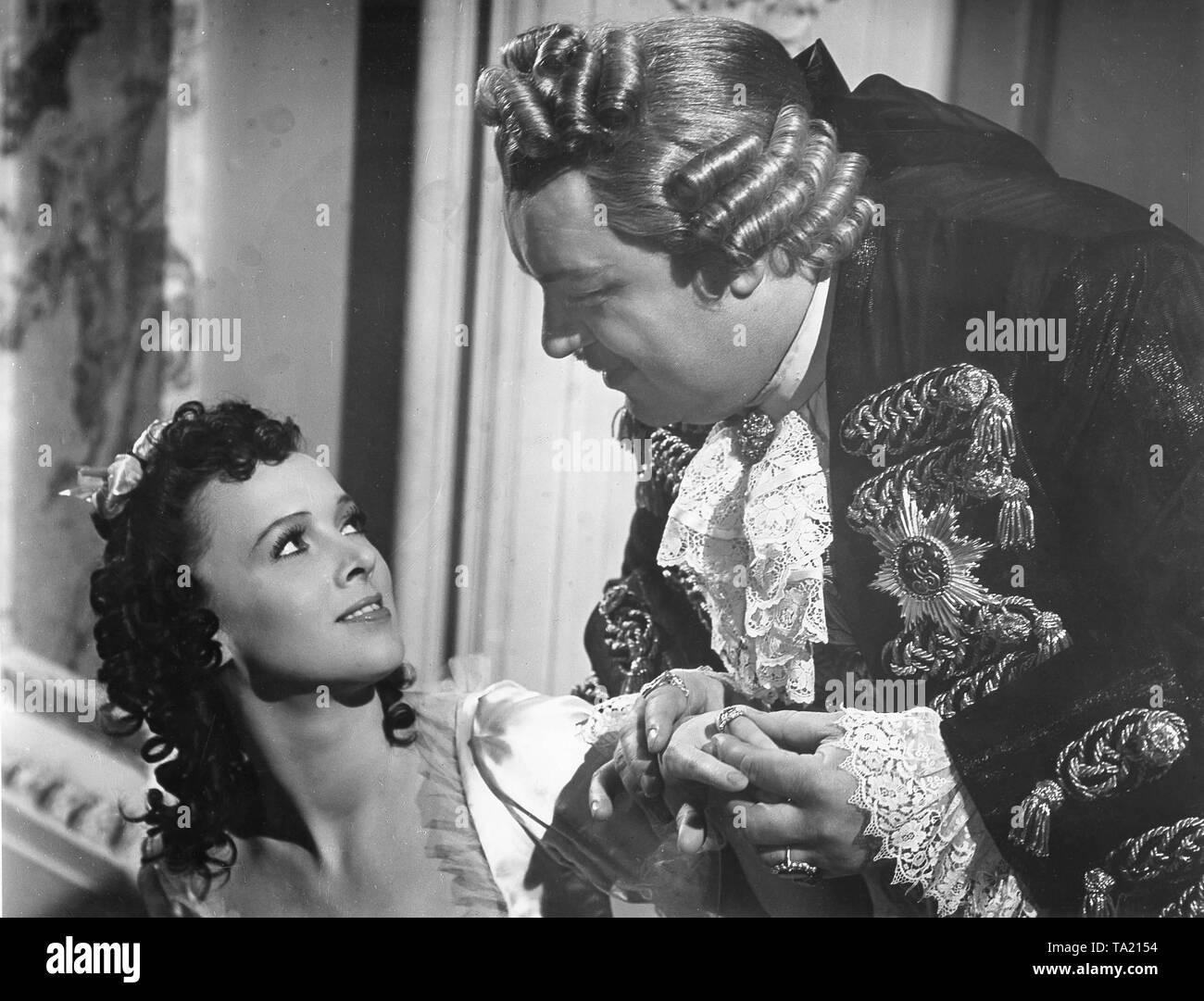 Henry George and Ursula Deinert in the Nazi propaganda film 'Suess the Jew' (Jud Suess) - Stock Image