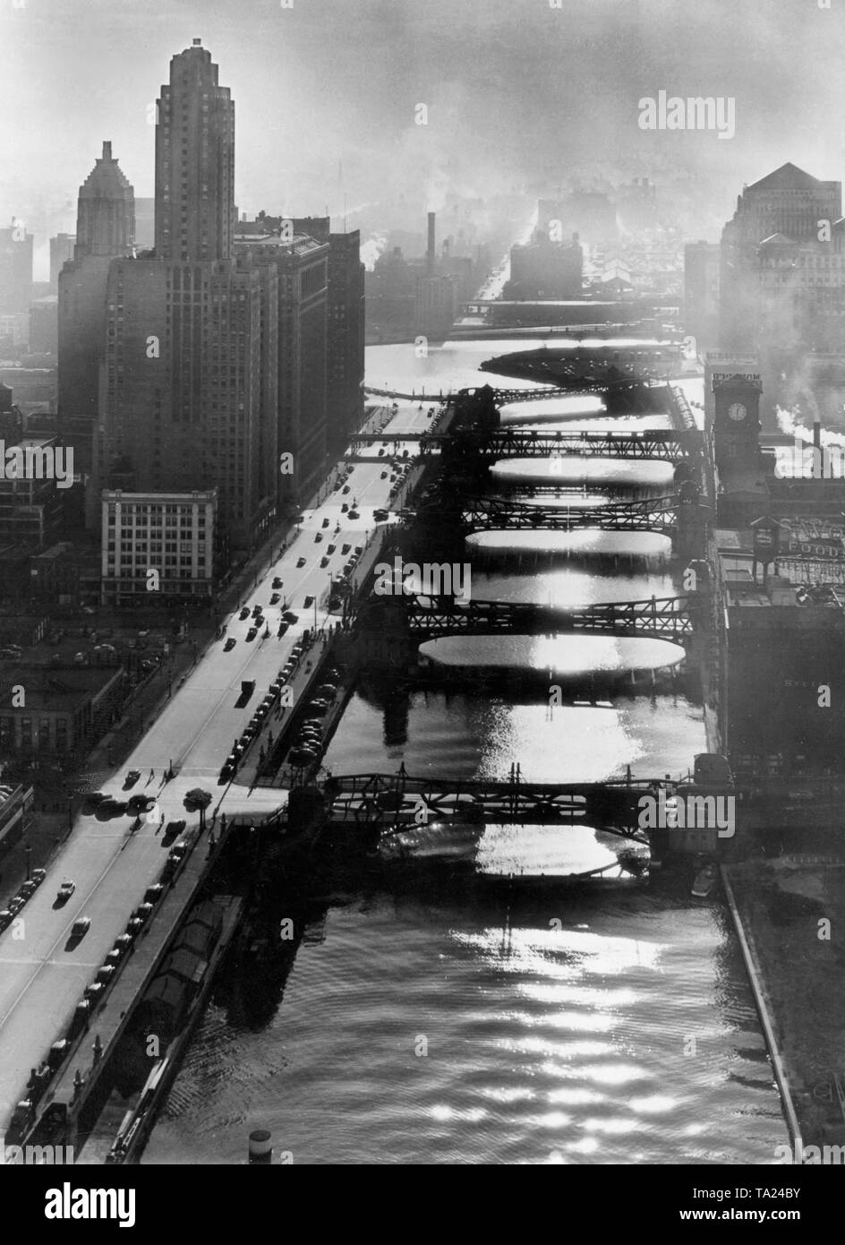 Drawbridges across the Chicago River in the evening (undated picture) - Stock Image