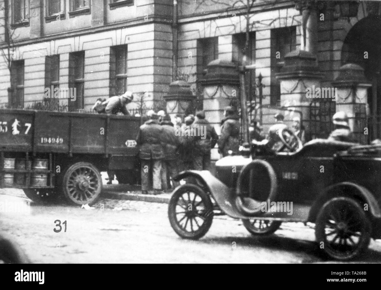 After soldiers of the French occupation forces have seized several things in the barracks of the Sicherheitspolizei (security police) in the Lindemannstrasse, the booty is loaded on a truck and transported away (undated photo). - Stock Image