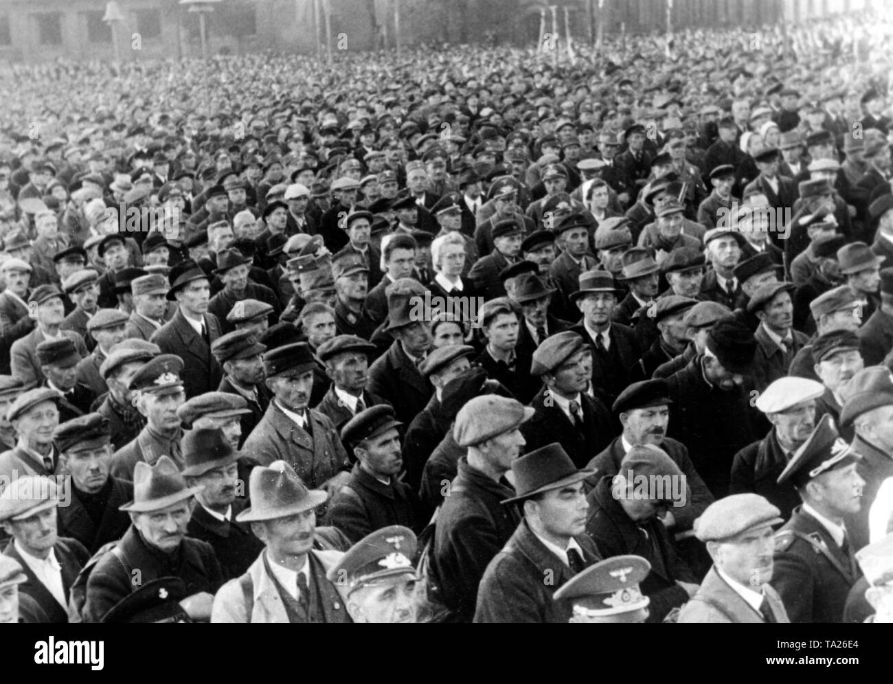 Soldiers of the Volkssturm listen the address of the Lower Silesian Gauleiter Karl Hanke. Stock Photo
