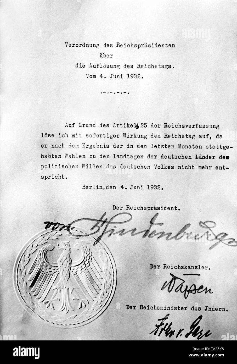 At the request of Chancellor von Papen, President Paul von Hindenburg signed a decree on the dissolution of the Reichstag. - Stock Image