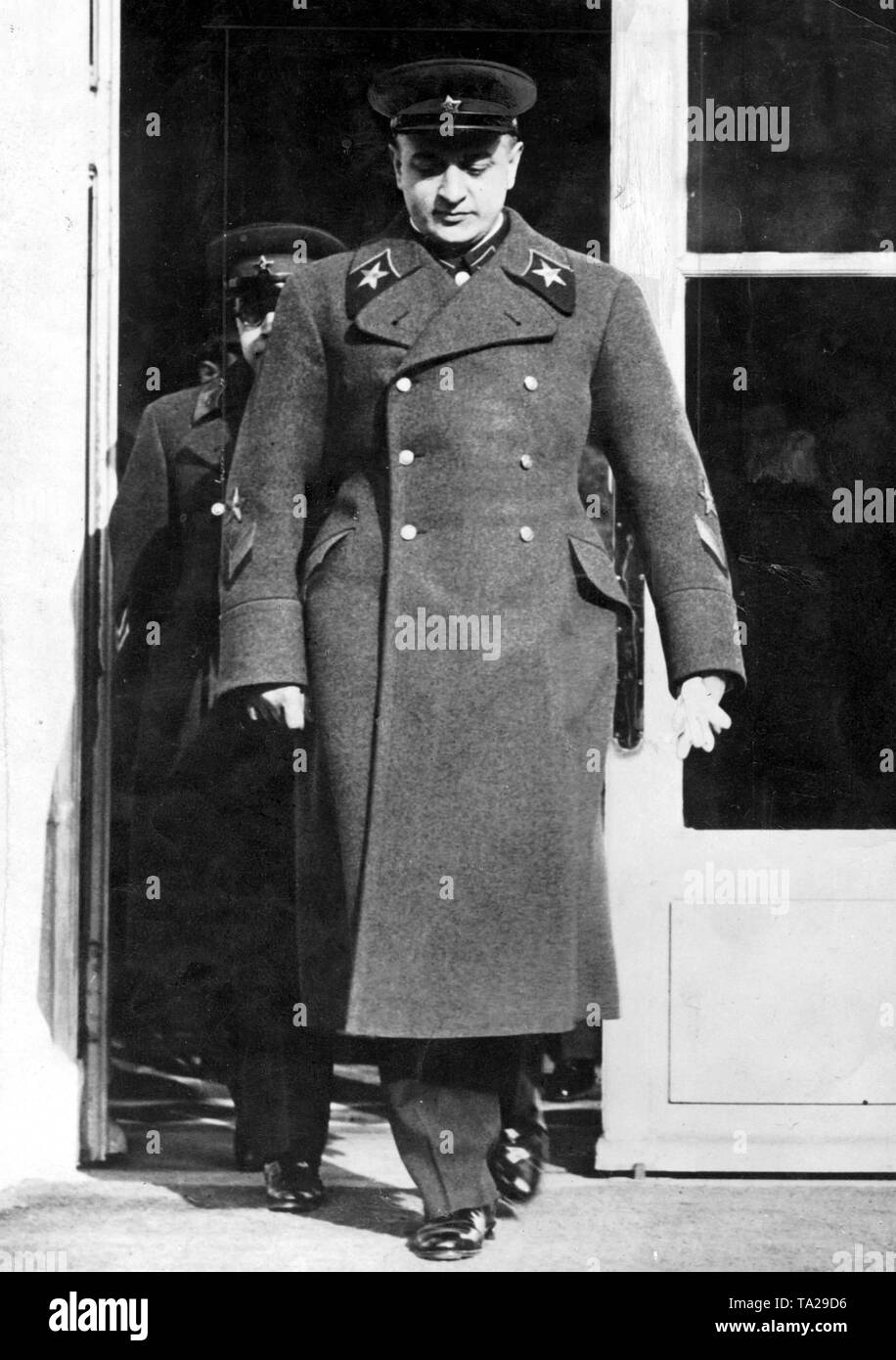 Mikhail Tukhachevsky, Marshal of the Soviet Union, during a visit to Paris in 1936. - Stock Image