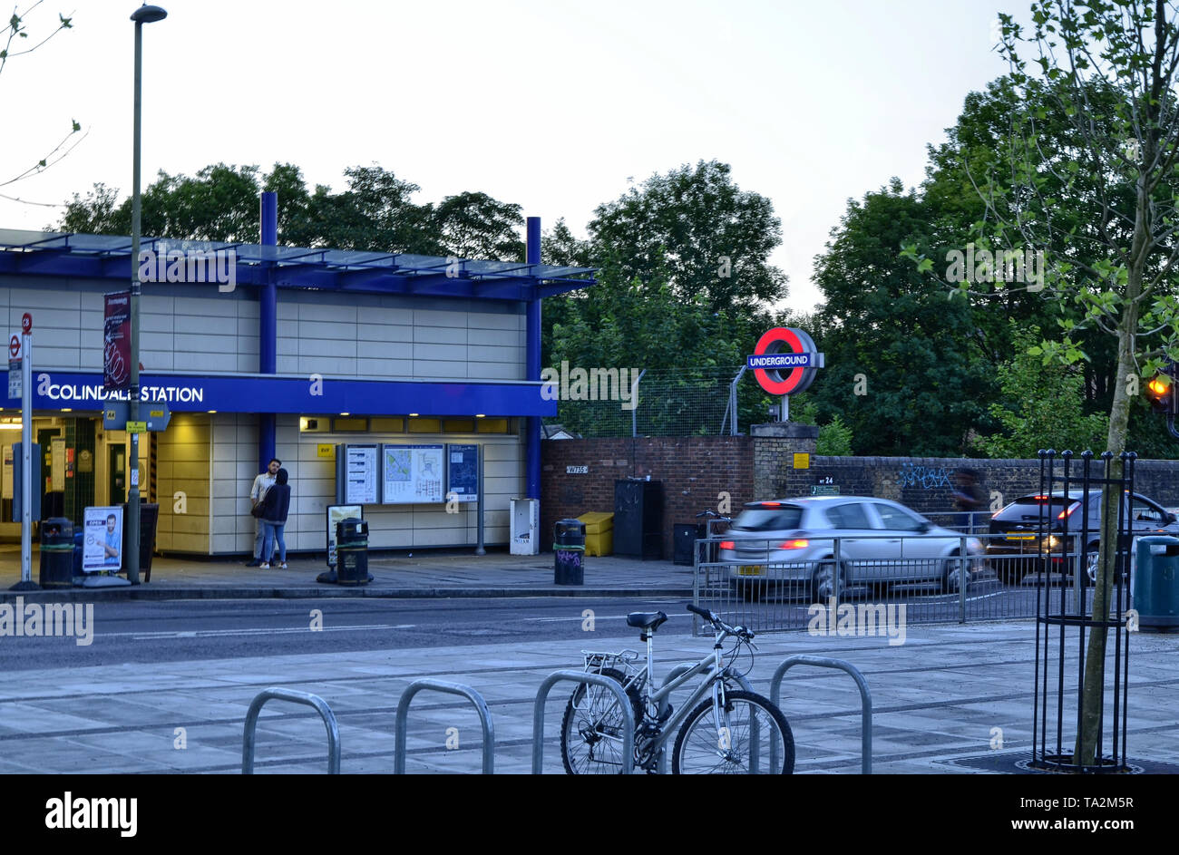 Colindale Tube Station Stock Photos & Colindale Tube Station