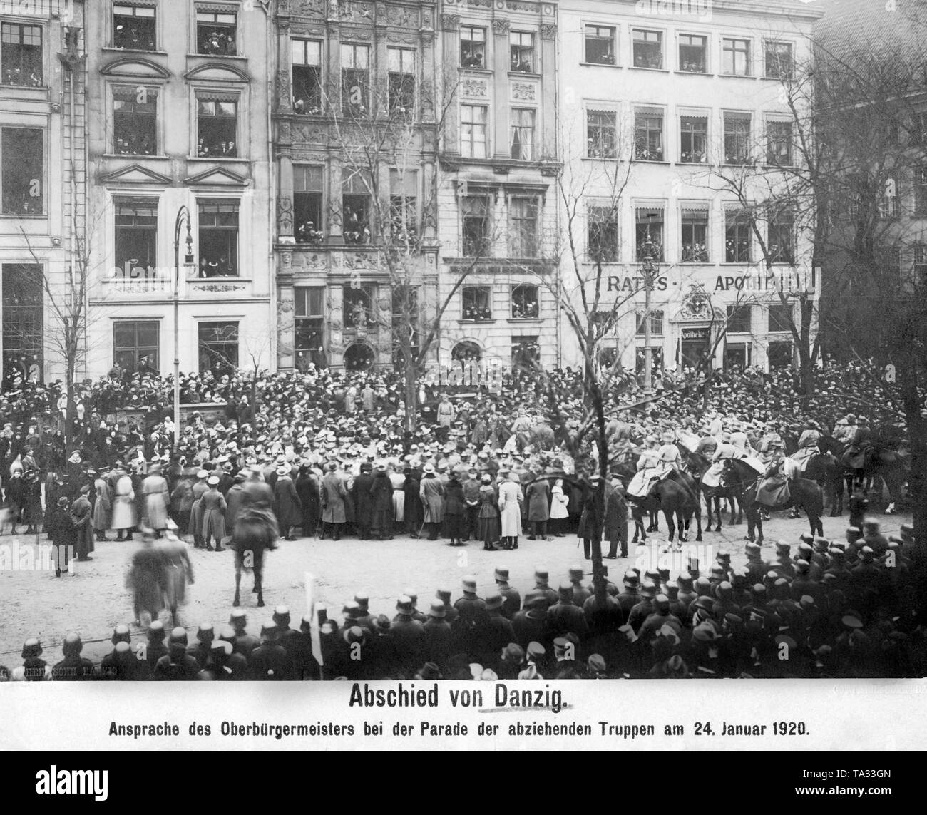 This photograph shows the address of the Lord Mayor during the withdrawal of the German troops from Danzig. The separation of Danzig from Germany took place according to the regulations of the Versailles Treaty and the League of Nations. Stock Photo