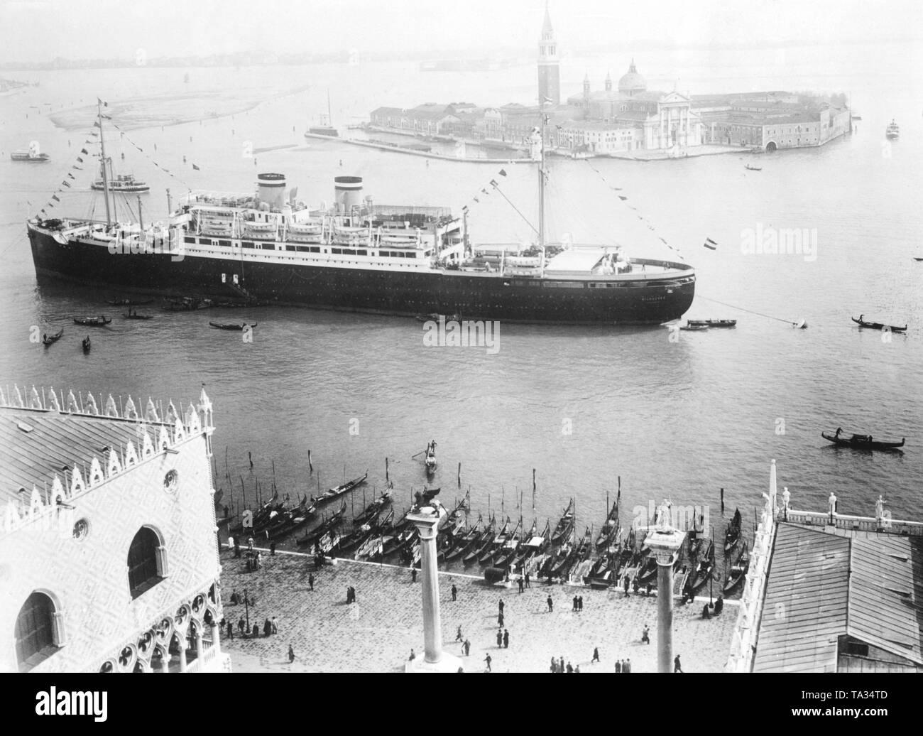 passenger ship vulcania 1930 - HD1300×1036
