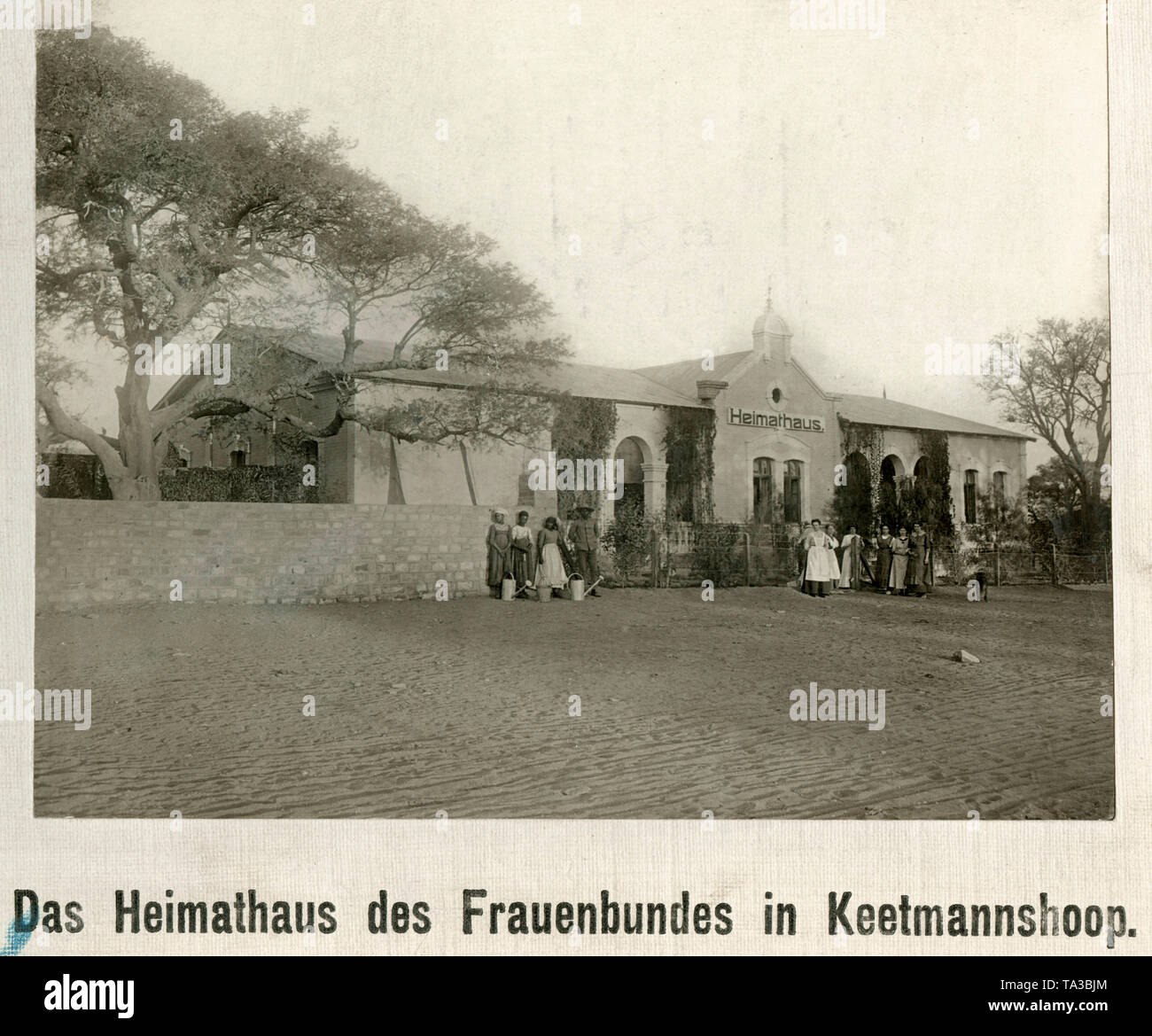 Front view of the house of the Women's Association in Keetmannshoop, German South West Africa. - Stock Image