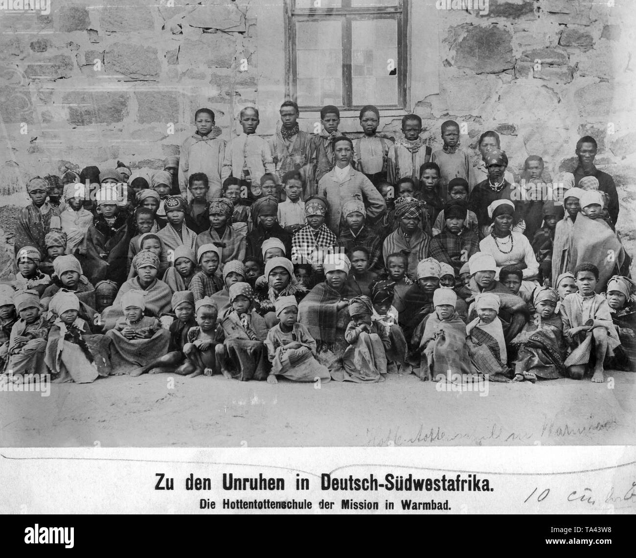 Hottentot school class in front of a mission school in Warmbad, German Southwest Africa. - Stock Image