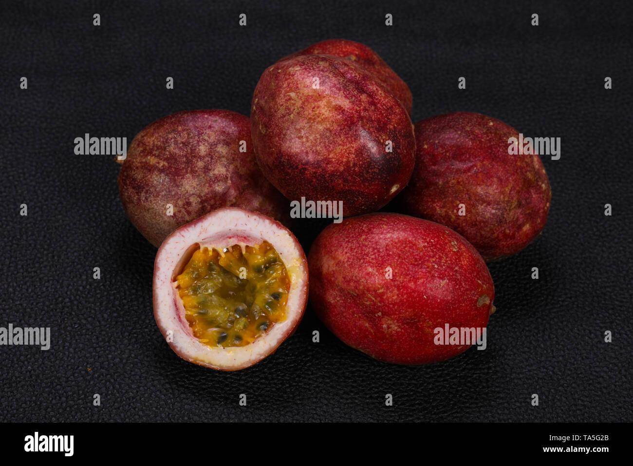 Delicous sweet exotic Passion Fruit Maracuya - Stock Image