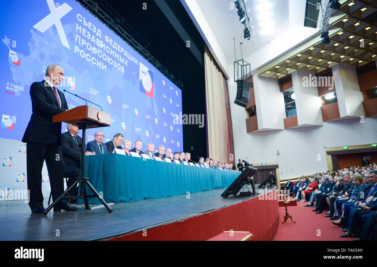 Moscow, Russia. 22nd May, 2019. MOSCOW, RUSSIA - MAY 22, 2019: Russia's President Vladimir Putin (front) addresses the 10th Congress of the Russian Federation of Independent Trade Unions at the Izmailovo Concert Hall. Alexei Nikolsky/Russian Presidential Press and Information Office/TASS Credit: ITAR-TASS News Agency/Alamy Live News - Stock Image