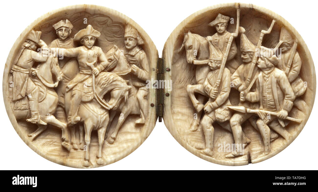 """A German spherical carving made of ivory depicting """"Old Fritz"""", circa 1880 Massive ivory ball that unfolds in the middle, with brass hinge, the inside with fine carving in relief. On the right depiction of Frederick II on horseback amidst his generals, the left with advancing grenadiers with non-commissioned officer and mounted officer. Diameter 5.7 cm. historic, historical, Prussian, Prussia, German, Germany, militaria, military, object, objects, stills, clipping, clippings, cut out, cut-out, cut-outs, 19th century, Additional-Rights-Clearance-Info-Not-Available Stock Photo"""