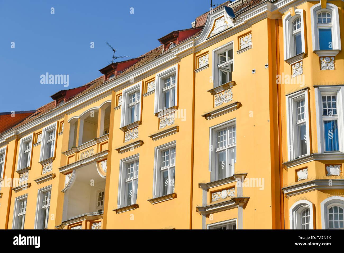 Old building, Charlottenstrasse, Old Town, Spandau, Berlin, Germany, Altbau, Charlottenstraße, Altstadt, Deutschland - Stock Image