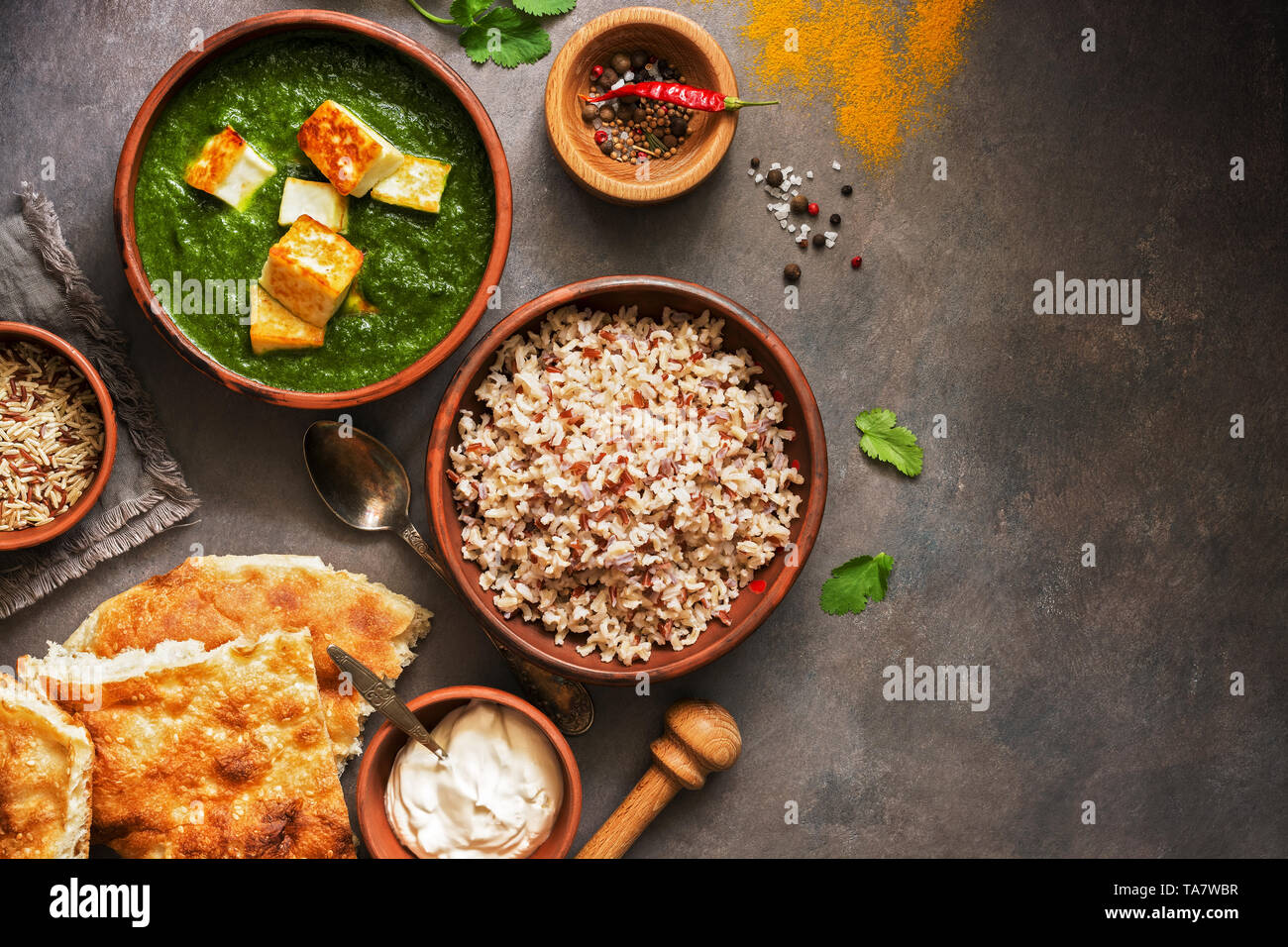 Fantastic Indian Food Palak Paneer Or Spinach And Cottage Cheese Home Interior And Landscaping Analalmasignezvosmurscom