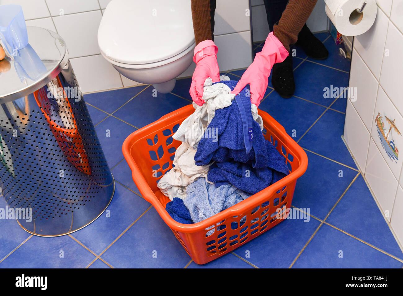 Laundry, laundry basket, Wäsche, Wäschekorb Stock Photo