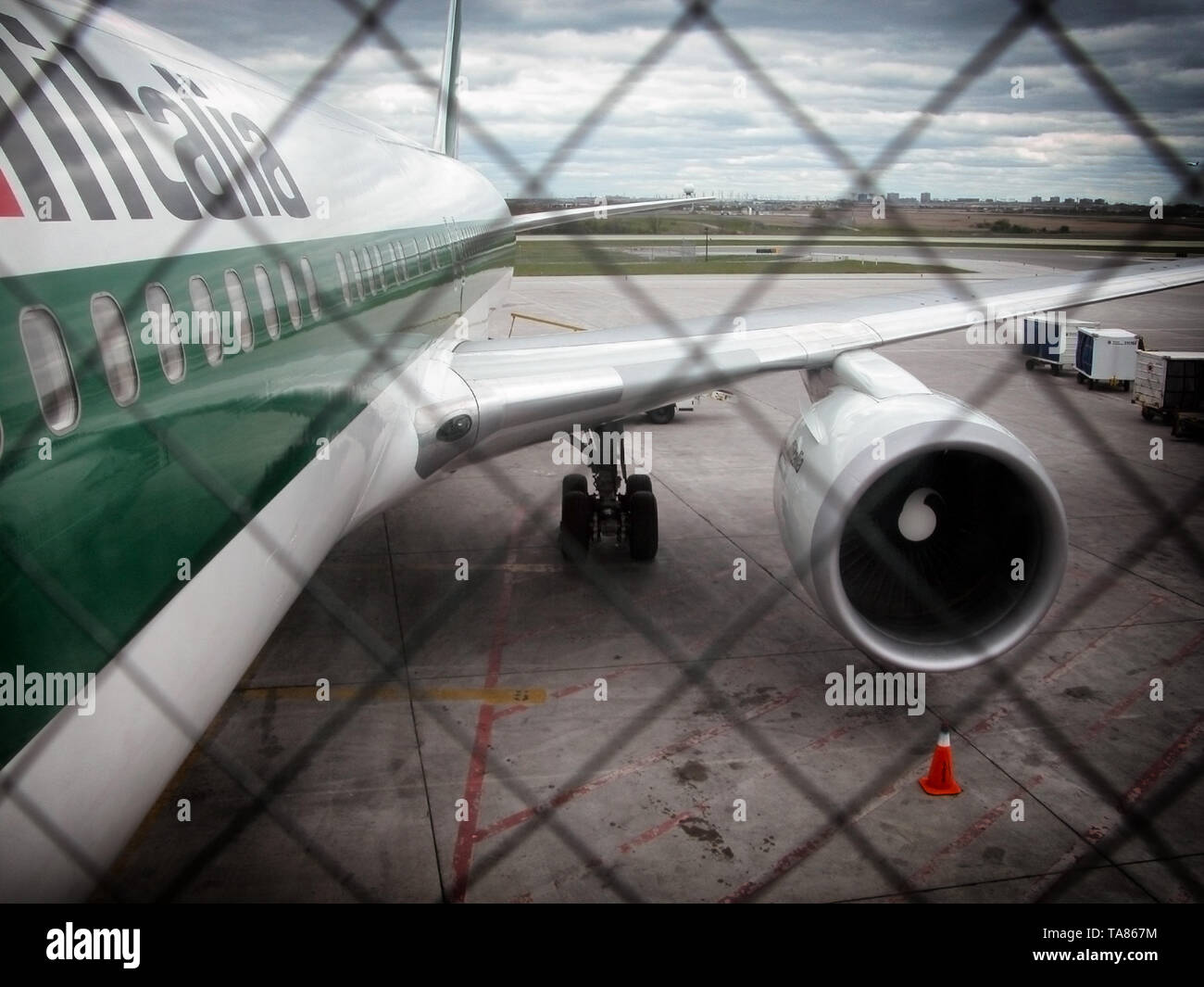Airplane Boeing 767 on boarding - Stock Image
