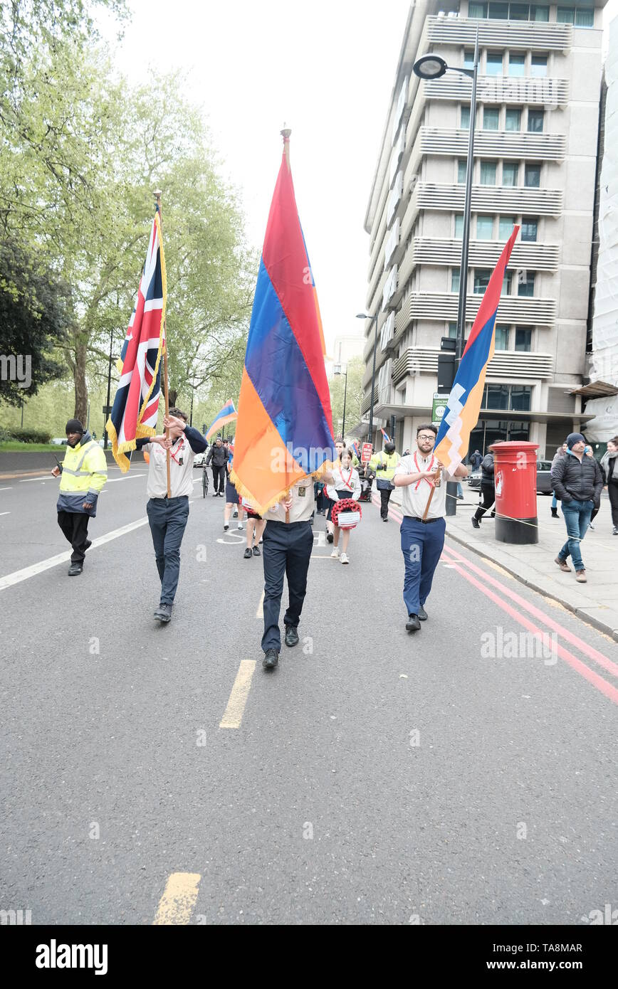 Armenian Scouts lead annual Armenian genocide protest march in Central London - Stock Image
