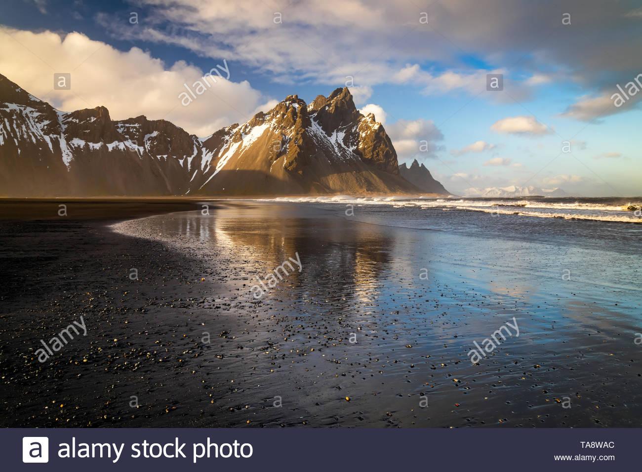 Sunset at Vestrahorn Mountain and Stokksnes beach. Iceland - Stock Image