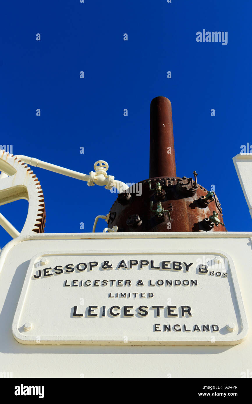 The Jessop and Appleby Bros travelling steam crane near Constitution Bridge at Constitution Dock Hobart Tasmania Australia was commissioned in 1899. - Stock Image