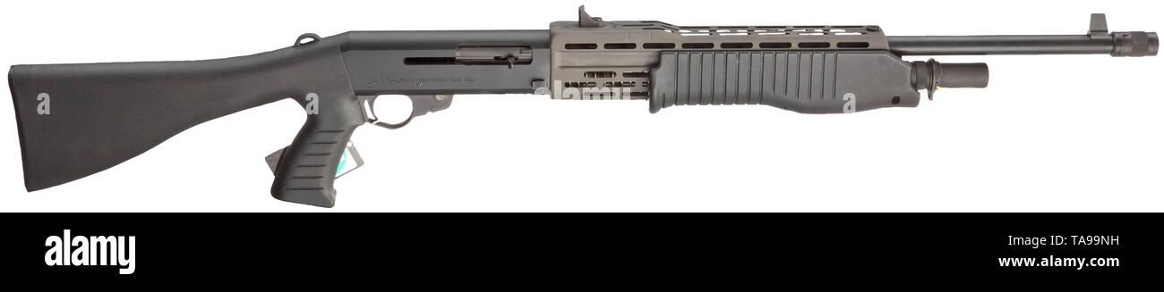 A Franchi SPAS 12 self-loading/forearm repeating shotgun Cal  12/70