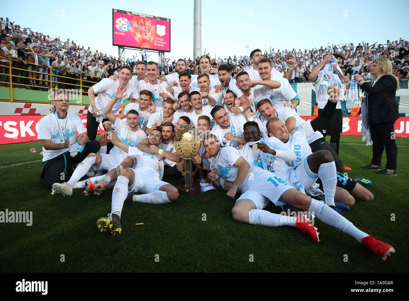 Pula, Croatia. 22nd May, 2019. Team Rijeka celebrate after defeating Dinamo Zagreb in the final of 2018-19 Croatian Football Cup at the Aldo Drosina Stadium in Pula, Croatia, May 22, 2019. Rijeka won 3-1. Credit: Igor Kralj/Xinhua/Alamy Live News Stock Photo