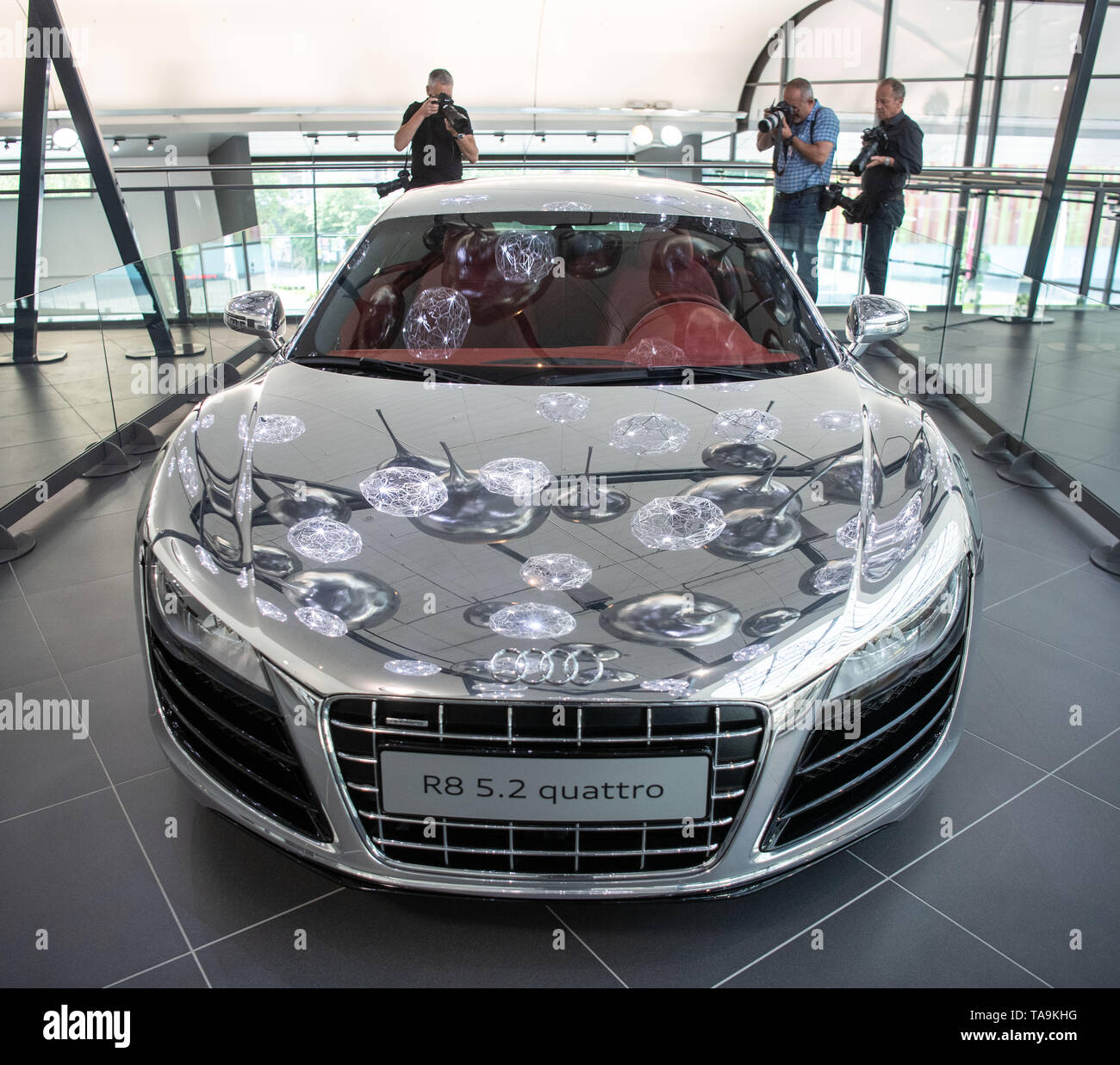Neckarsulm, Germany. 23rd May, 2019. An Audi R8 5.2 quattro will be on display in the Audi Forum at the Annual General Meeting of Audi AG. Audi boss Schot wants to phase out the Audi TT and Audi R8 sports cars. The company must save in order to be able to invest around 14 billion euros in electric cars, digitisation and autonomous driving by the end of 2023. Credit: Marijan Murat/dpa/Alamy Live News - Stock Image