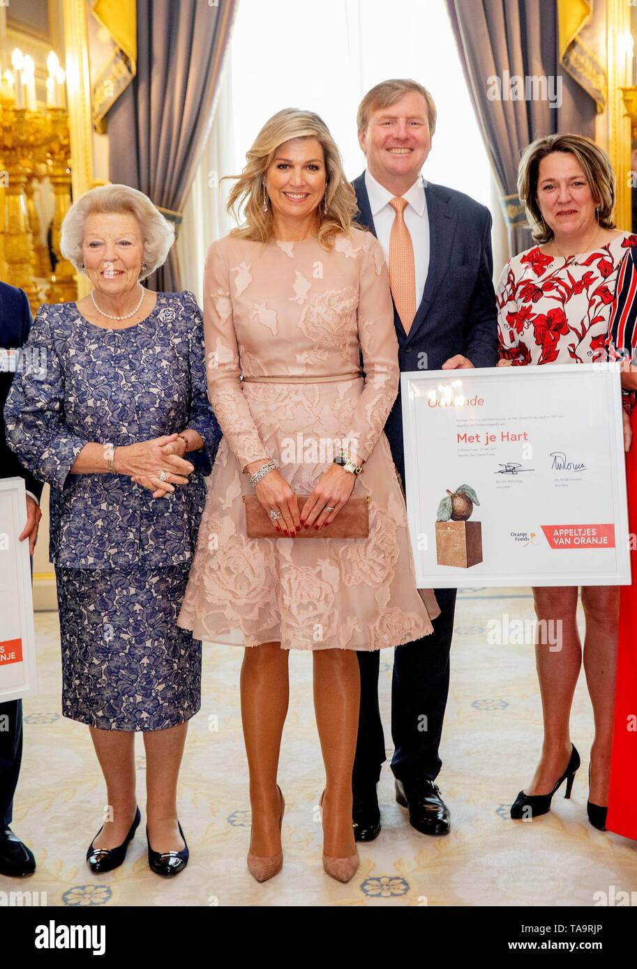 The Hague, Netherlands. 23rd May, 2019. Queen Maxima of The Netherlands at Palace Noordeinde in The Hague, on May 23, 2019, hands out the awards of the Appeltjes van Oranje, King Willem-Alexander and Princess Beatrix also attending the ceremony Credit: Albert Nieboer/Netherlands OUT/Point De Vue OUT  /dpa/Alamy Live News Stock Photo