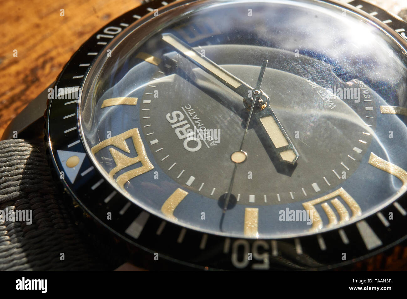 images of the oris sixty five heritage diver Stock Photo