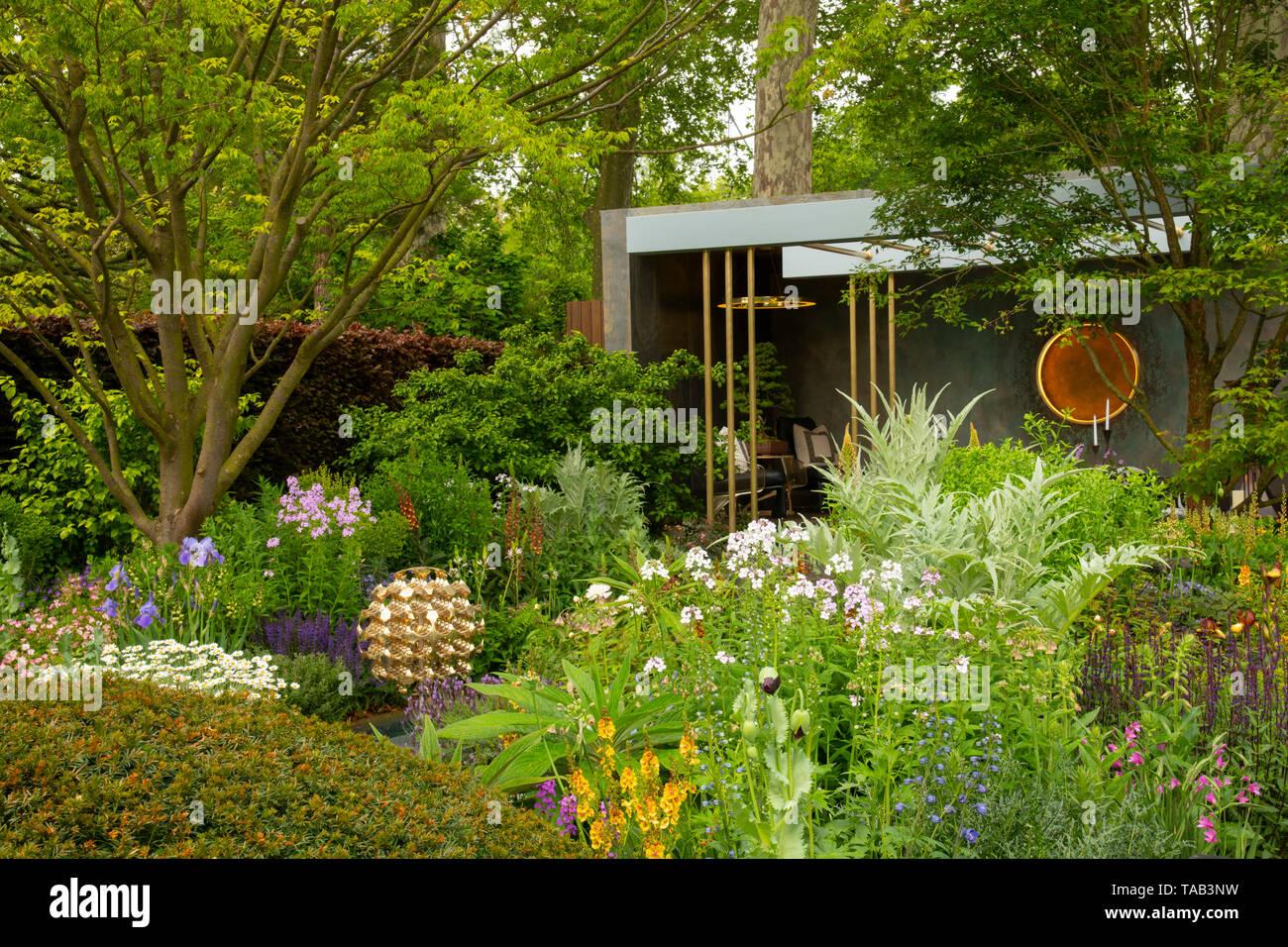 the morgan stanley garden designed by chris beardshaw and winner of