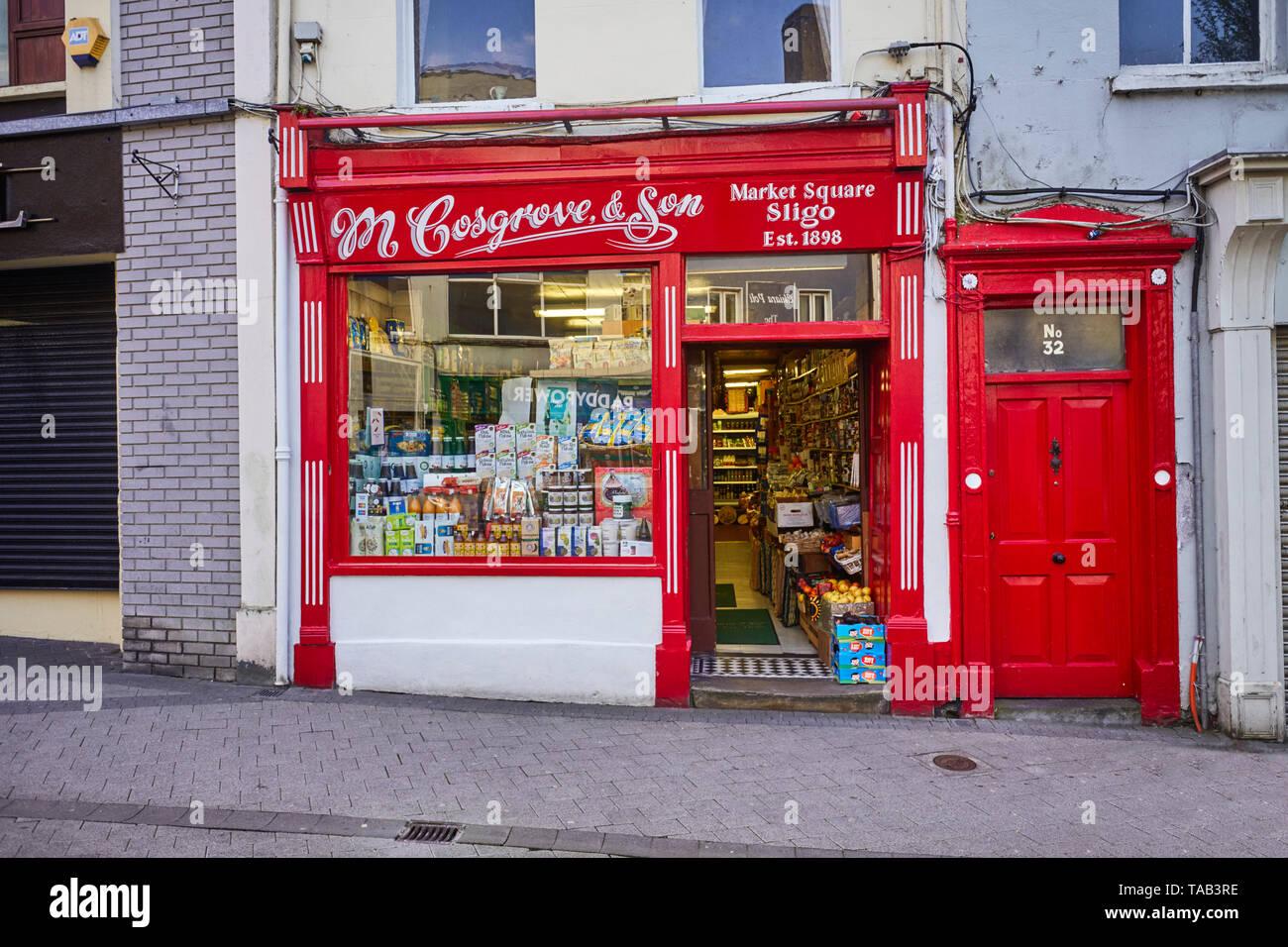 M Cosgrove & Son grocery shop in Market Square, Sligo, Ireland - Stock Image