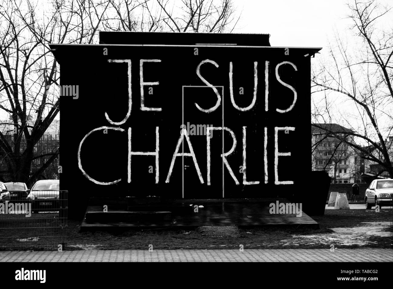 Slogan on a building in Mannheim calling for solidarity with French satire magazine Charlie Hebdo. January 2015. - Stock Image