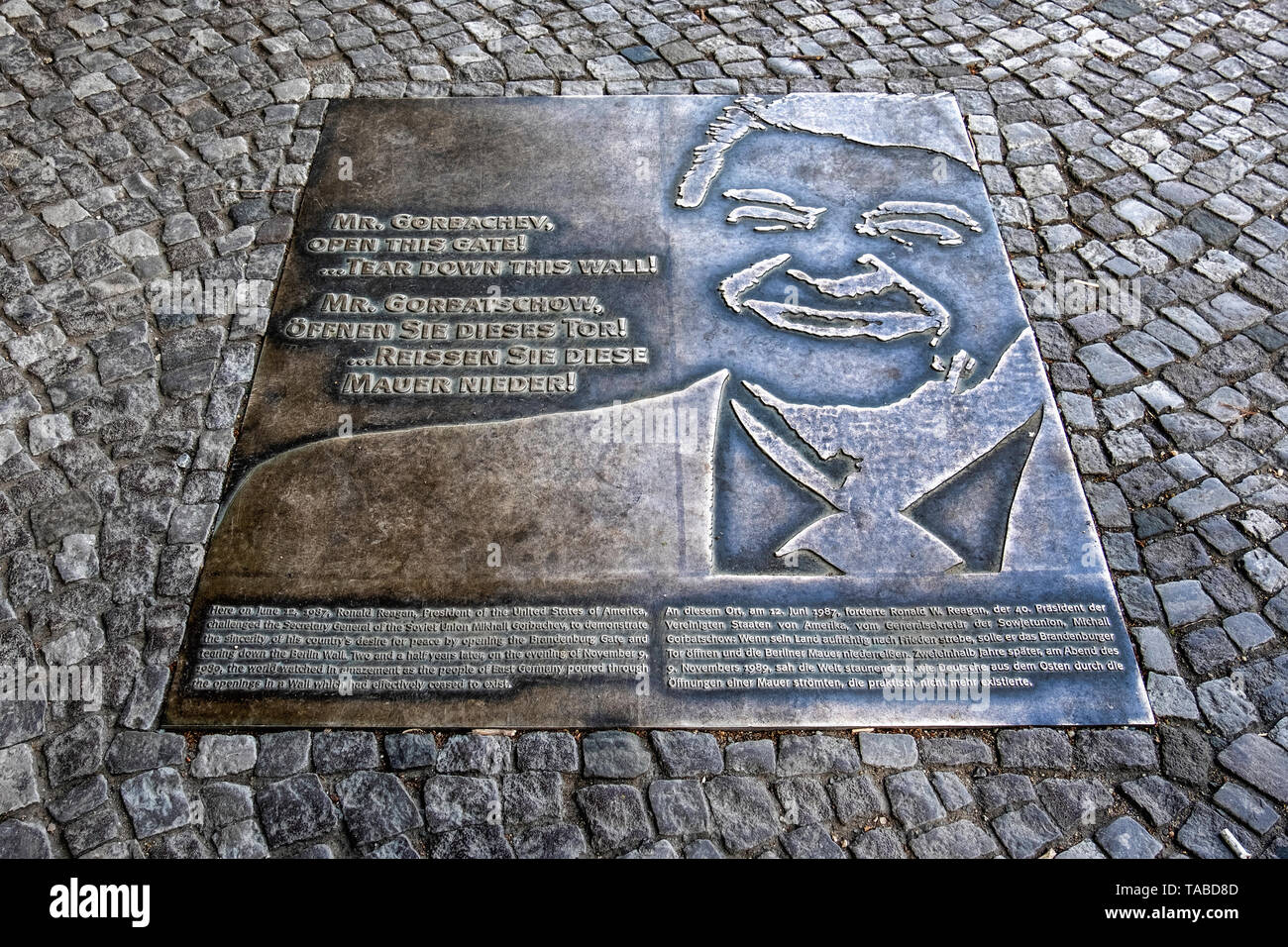 Plaque commemmorating 1987 Speech of President Ronald Reagan. The US leader called on Mr Gorbachov to tear down the wall  in Berlin Stock Photo