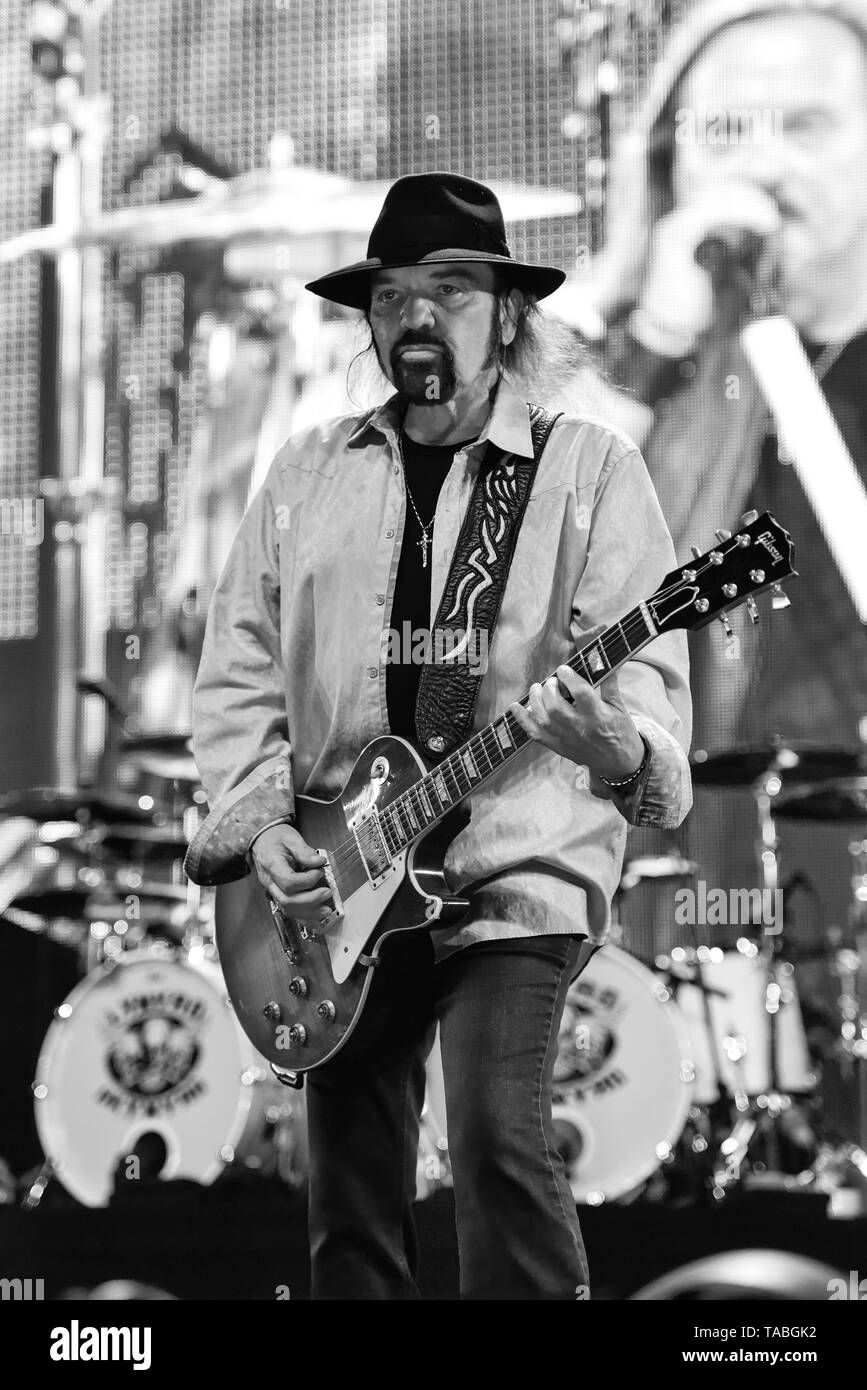 Indio, California, April 27, 2019, Gary Rossington of Lynyrd Skynyrd on stage performing to an energetic crowd at the Stage Coach Music Festival Stock Photo