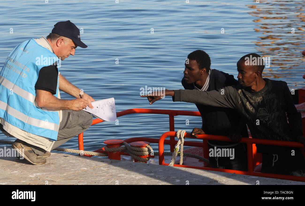 May 23, 2019 - 23 may (Malaga ) Rescued 74 immigrants from two boats