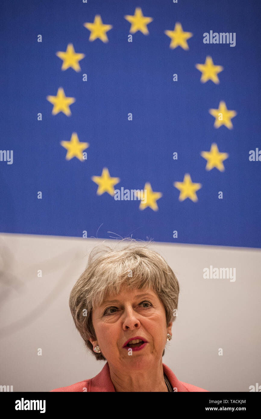 Sharm El Sheikh, Egypt. 25th Feb, 2019. British Prime Minister Theresa May speaks during a press conference at the end of the European Union (EU) and League of Arab States (LAS) summit. Credit: Oliver Weiken/dpa | usage worldwide/dpa/Alamy Live News - Stock Image