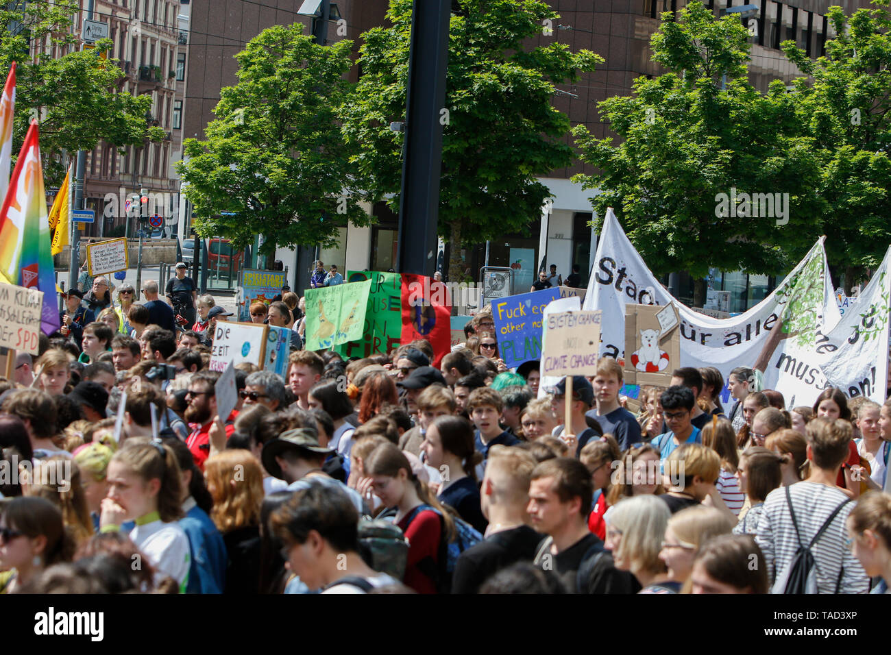Frankfurt, Germany. 24th May 2019. The young people assembled with self-made signs and banners for the opening rally. Around 4,500 young people marched through Frankfurt to the European Central Bank, to protest against the climate change and for the introduction of measurements against it. The protest took place as part of an Europe wide climate strike, two days ahead of the 2019 European elections. - Stock Image